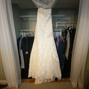 David's Bridal Wedding Dress brand new with tags